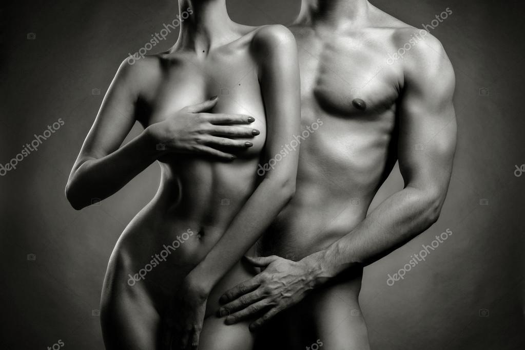голые девушка и мужчина