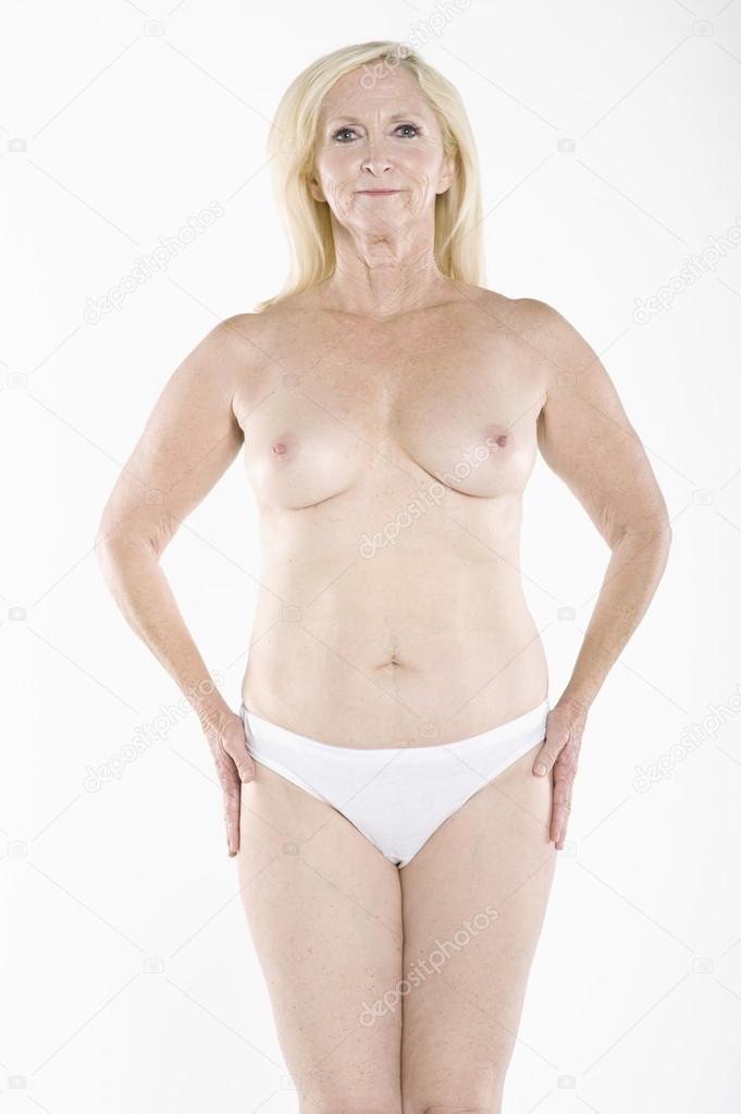 Фото женщин за 40 топлес 3 фотография