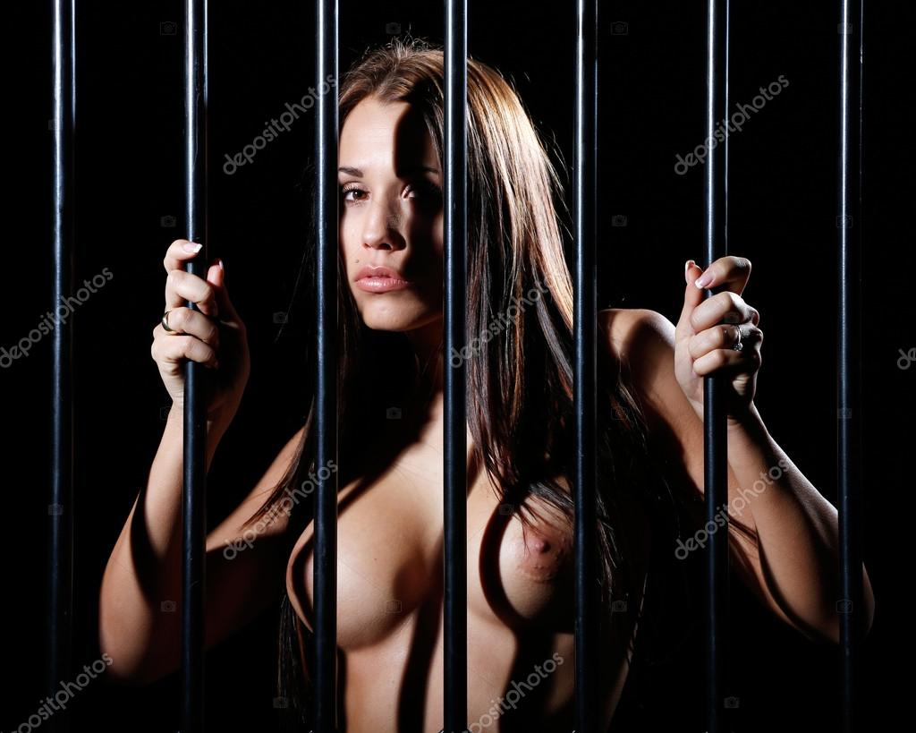 woman in prison nude
